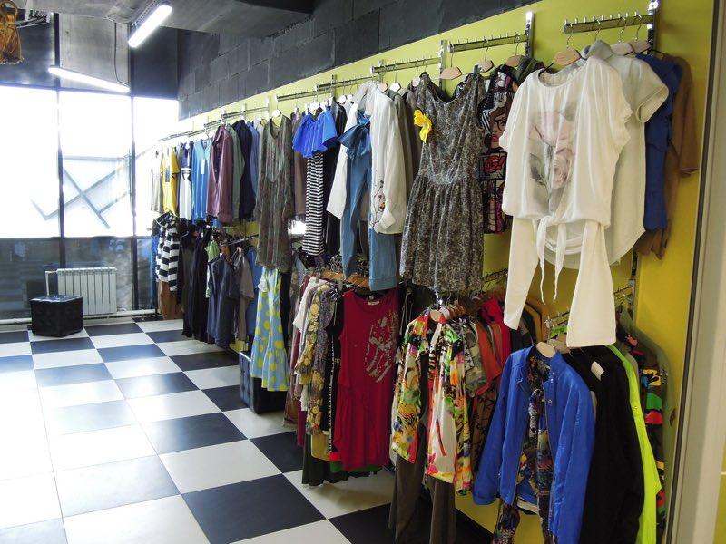 082f938881330 Магазин стильной мужской и женской одежды. Футболки, платья, джинсы,  спортивные брюки, шорты, рубашки, свитшоты, лонгсливы, худи, толстовки и  т.д.
